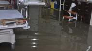 Yağış nedeniyle acil servisi su bastı