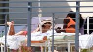 Eva Longoria ve Serena Williams havuz başında