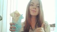 Rus güzellerin dürüm döner çılgınlığı!