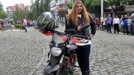 Motosikletli genç kız Trabzon'a ulaştı