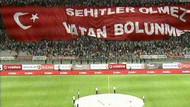 Beşiktaş taraftarı şehitleri unutmadı!