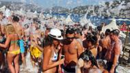 Marmaris'te turistlerin köpük keyfi