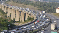 İstanbul'a dönüş çilesi.. Trafik durdu