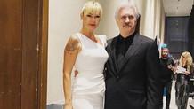 Pınar Altuğ beyaz yırtmaçlı elbisesiyle göz kamaştırdı
