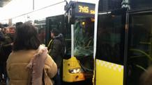 Kadıköy'de metrobüs kazası: Faciadan dönüldü