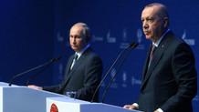 Erdoğan'ın gazetecilere gösterdiği resim Putin'in zoruna gitti