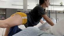 Amanda Cerny sevgilisini masaj aleti yaptı!