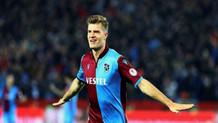 Trabzonspor'un yıldızı Sörloth karantinadaki günlerini nasıl geçiriyor?
