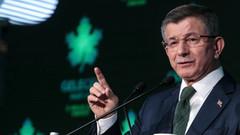 Davutoğlu'nun ekibindeki Özlem Özcan'dan olay paylaşımlar