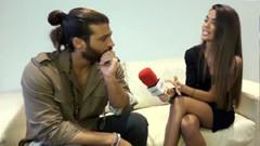 Can Yaman kendisiyle röportaj yapan İspanyol kadın muhabire asıldı
