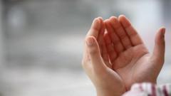İş bulma duası nedir? 990 defa Allahu Yü'ti Mülkehu Men Yaşa