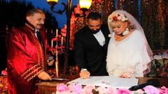 Zerrin Özer 36 saat evli kaldığı eşiyle barıştı