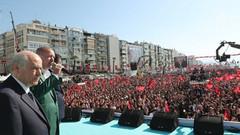 Berat Albayrak'a yakın gazeteci MHP'den kurtulma stratejisini yazdı