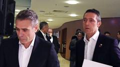 Fenerbahçe taraftarından Ersun Yanal ve Ali Koç'a istifa çağrısı