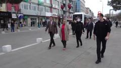Vatandaşı azarlayan Uşak Valisi Funda Kocabıyık'a tepki yağıyor