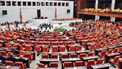 MHP'li Enginyurt konuştu, Meclis karıştı