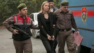 Arka Sokaklar mı İstanbullu Gelin mi? 26 Ocak reyting sonuçları