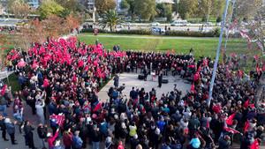 Maltepe'de 10 Kasım'da hayat durdu! Binlerce kişi saygı zinciri oluşturdu