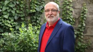Ali Atıf Bir: Türkiye kitap okuyor, okunmasa niye korsanı çıksın?