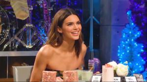 Kendall Jenner: Adım attım, herkes göğüslerimi gördü