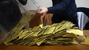 YSK'nın iptal ettiği seçimde sandıklarda 16 bin 253 AKP'li görevliydi