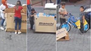 Sokaktaki çocuğun bisiklet hayalini böyle gerçekleştirdiler