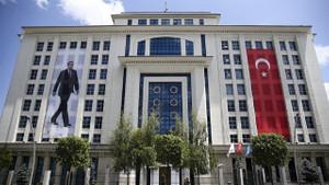AKP Siyaset Akademisi açtı: Kayıt parası 250 TL