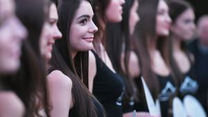 2020 Rusya Güzeli adayları Moskova'da podyumda yürüdü