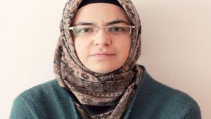 CHP İstanbul il yönetimine başörtülü isim: Kevser Celayir kimdir?