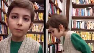 Sosyal medya 10 yaşındaki kitap kurdu Atakan'ı konuşuyor