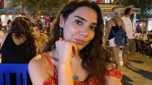 Uçak kazasında hayatını kaybeden Songül Bozkurt'tan geriye fotoğrafları kaldı