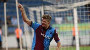 Sörloth, Trabzonspor tarihinin en golcü yabancı oyuncusu rekoruna koşuyor