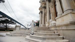 Türkiye'nin koronavirüsle mücadelesinin son 24 saati