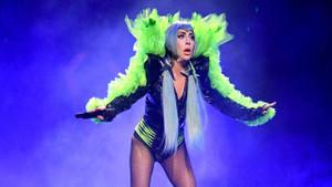34. yaşına özel Lady Gaga'nın en çılgın kıyafetleri
