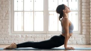 Koronavirüs kaygısına karşı her sabah yoga yapın