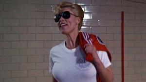 Polis Akademisi'nin yürek hoplatan şarışını Çavuş Callahan'a bir de şimdi bakın!