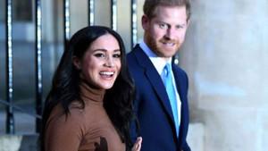 Swinger çiftten Kraliçe Elizabeth'e ahlaksız teklif