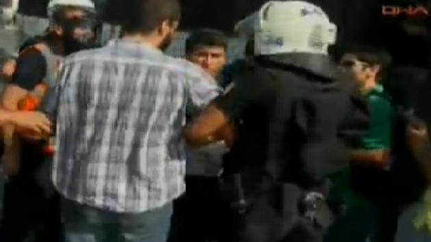 Taksim'de gözaltılar başladı!