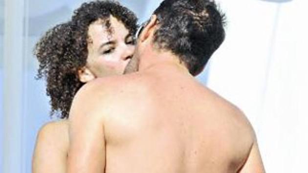 Yaz aşkı çabuk bitti! Türk Malı oyuncusu sevgilisinden ayrıldı!