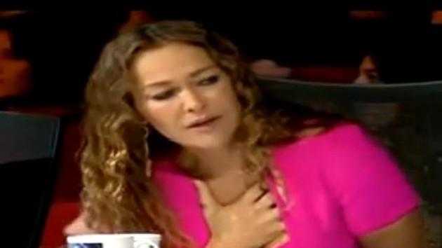 Yetenek Sizsiniz'de Hülya Avşar'ı ağlatan kaza!