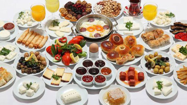 Sahurda tok tutan yiyecekler! Ramazan ayında kilo almadan oruç tutmak için bunları
