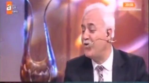 Nihat Hatipoğlu'nu ağlatan zor soru!