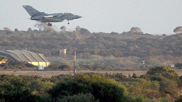 Türkiye'yi işgal için 10 bin İngiliz askeri Kıbrıs'a geldi!