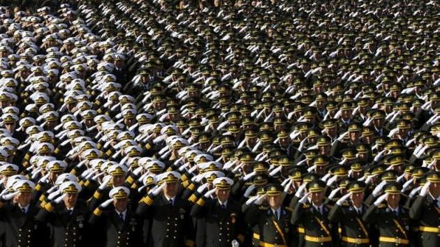 TSK yeniden Kemalist subayların kontrolüne mi giriyor?
