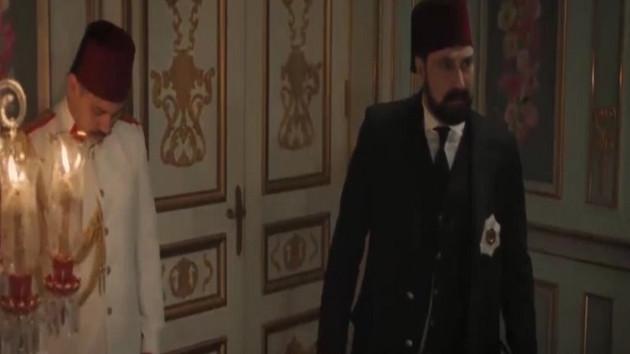 Sosyal medya Sultan Abdülhamid'deki bu sahneyi konuşuyor