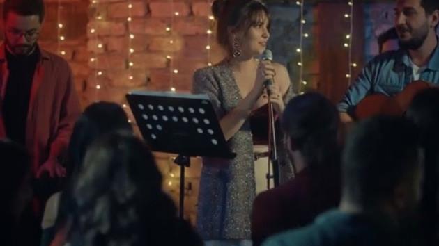 İstanbullu Gelin'de Süreyya'dan olay şarkı