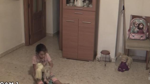 Bu evde eşyalar kendi kendine yer değiştiriyor: Korku evi