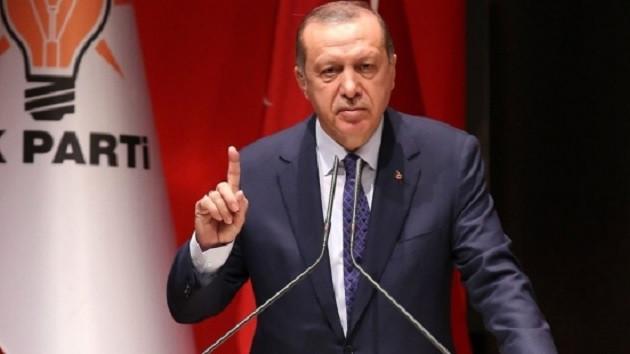 Fehmi Koru: Seçmen AK Parti ülkeyi yönetmeye devam etsin, ancak cumhurbaşkanı değişsin derse?