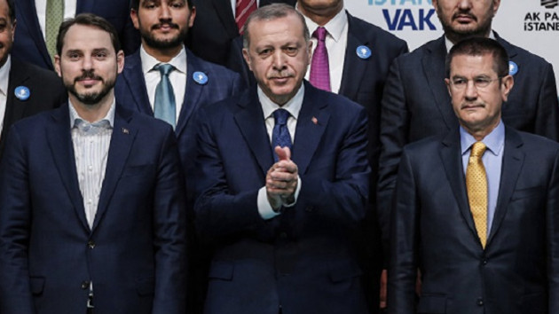 Bloomberg: Erdoğan hanedanlığı Türkiye'yi yatırım yapılamaz hale getirdi