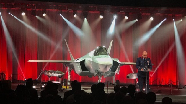 ABD'de eğitim gören Türk pilotu F-35 ile ilk uçuşunu gerçekleştirdi